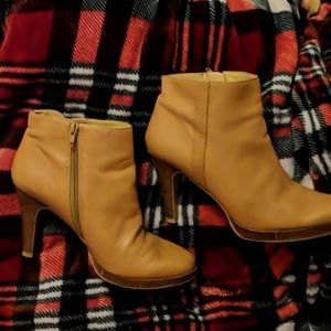 Nine West Trivetto boot